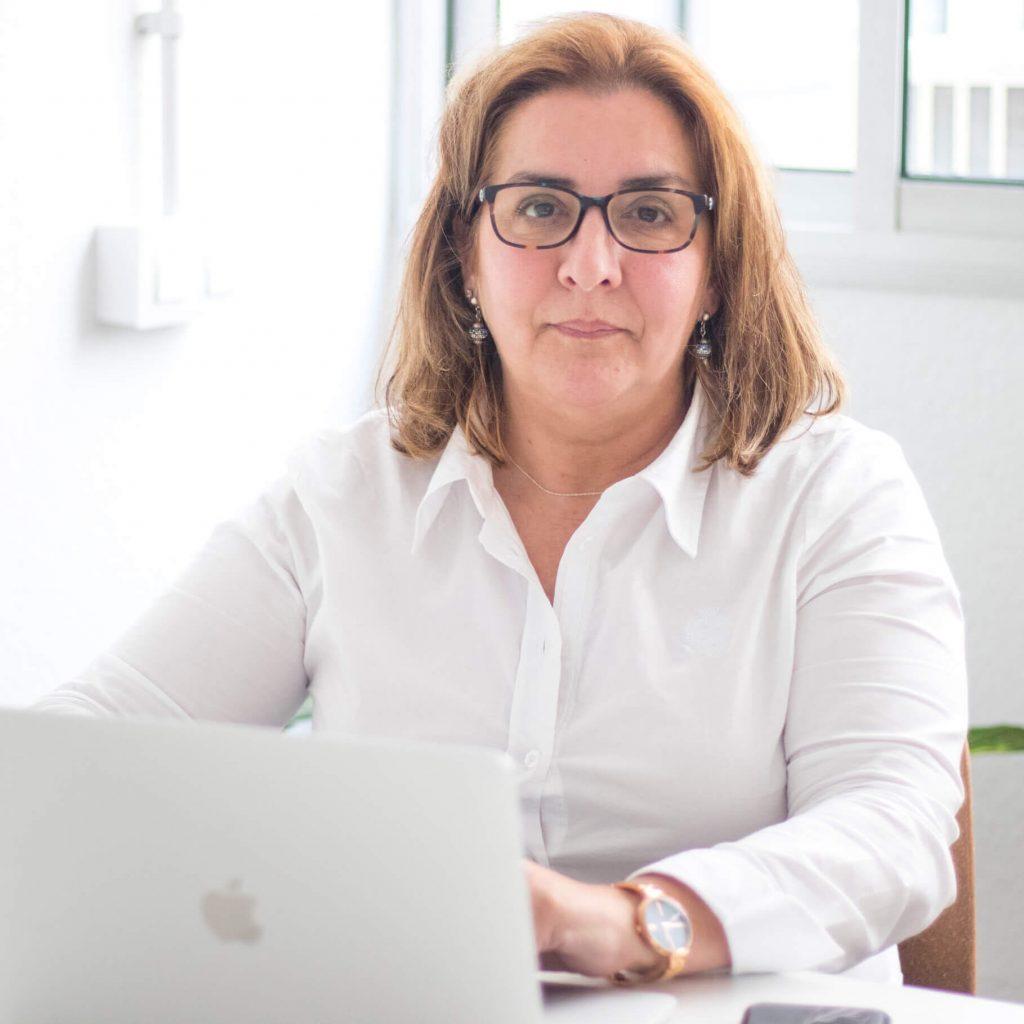 Ana De León Guillermo